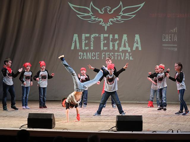 Уличные танцы Hip-Hop для детей 7-10 лет Екатеринбург. Хореограф Ярослав Мелехин